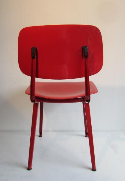 Friso kramer revolt rood conberg design for Revolt stoel